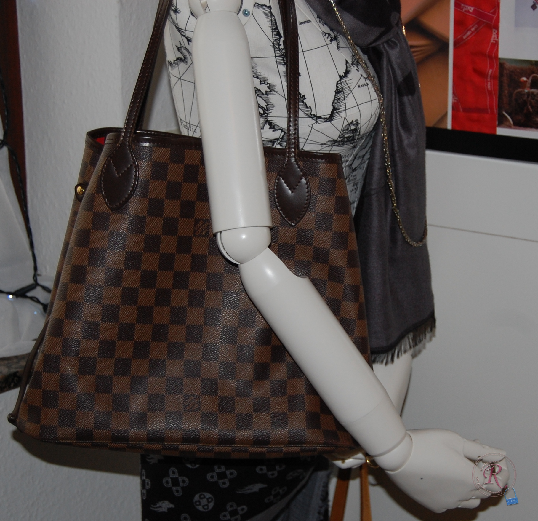 f13b9e2274022 Louis Vuitton Neverfull MM Damier Ebene N51105